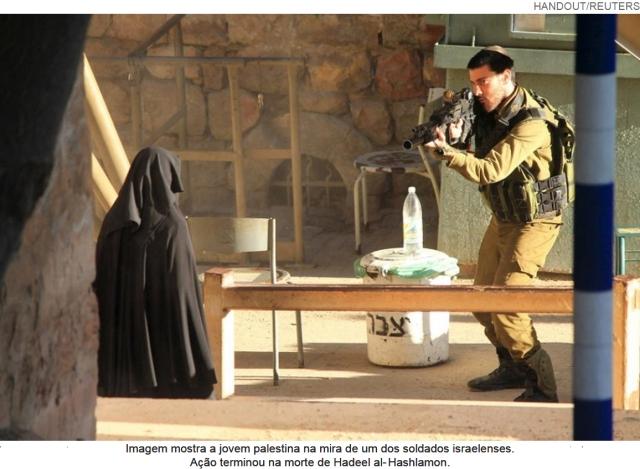 soldado israelense mata estudante com livros